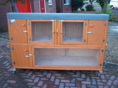 6' RABBIT HUTCH