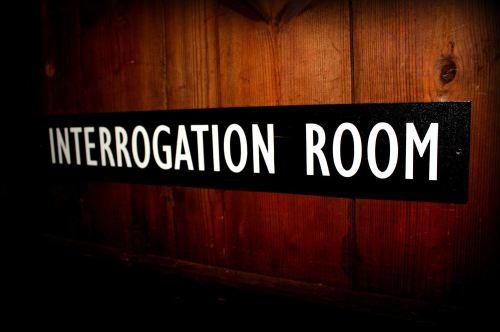 Exceptionnel Interrogation Room Door Plaque