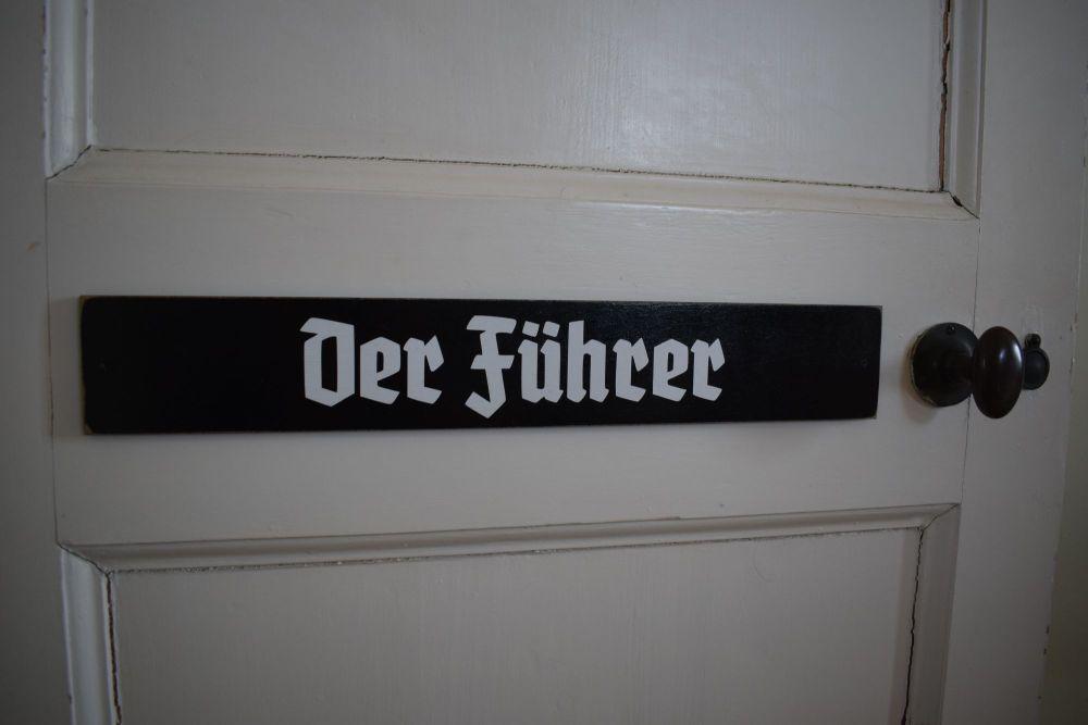 Der Fuhrer DP (2)