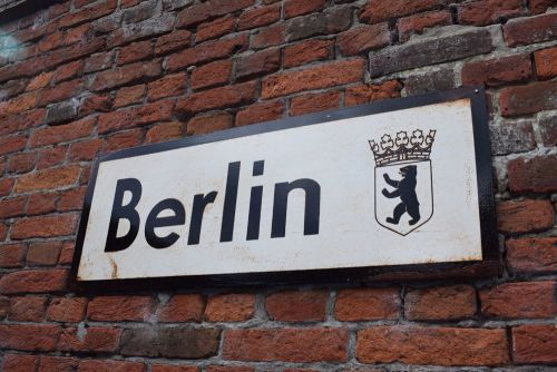 Berlin Vintage City Sign