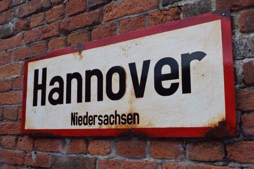 Hannover Vintage City Sign