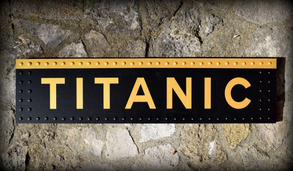 Titanic Sign Wood (6)