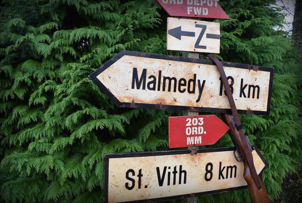 Kaiserkampfe Signs Front Page