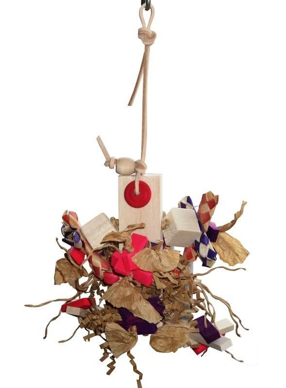 Shredding Toy budgies cocaktiels lovebirds