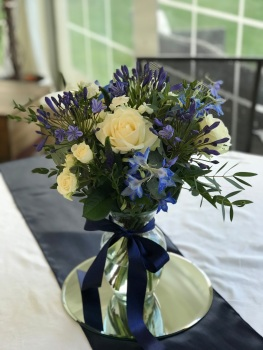 Blue vases 01