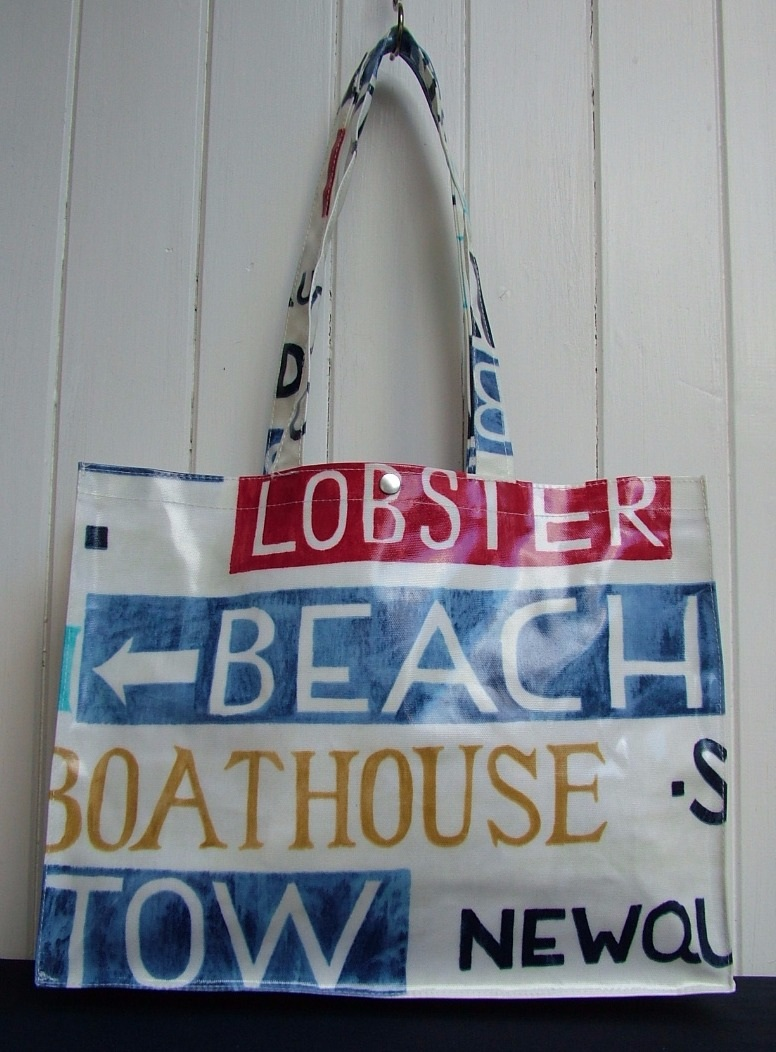Holidays Long Handle Oilcloth Gusset Bag