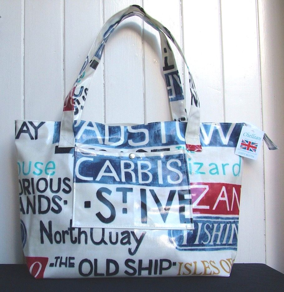 Holidays Large Oilcloth Zipped Beach Bag