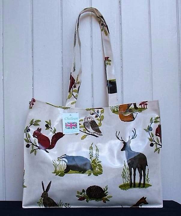 Countriside Long Handle Oilcloth Gusset Bag