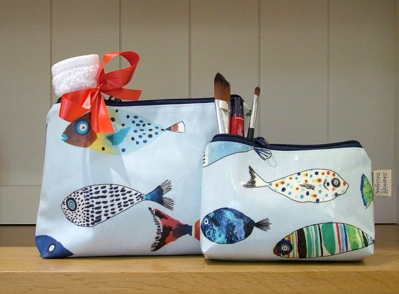 Gone Fishing Oilcloth Wash Bag and Make-up Purse Set