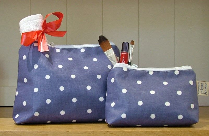 Blue and White Dotty Oilcloth Wash Bag and Make-up Purse Set