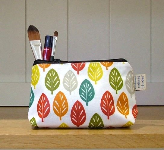 Spruce Oilcloth Make-up Purse