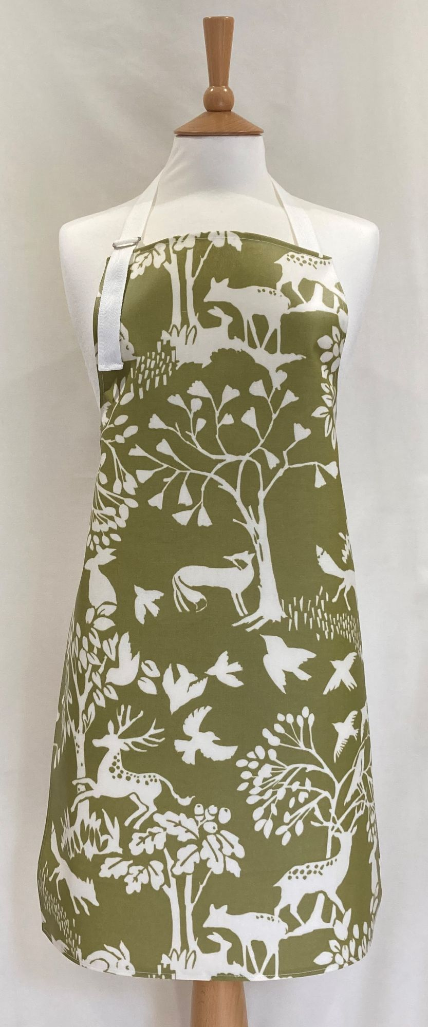 Country Wildlife Adult Oilcloth Apron