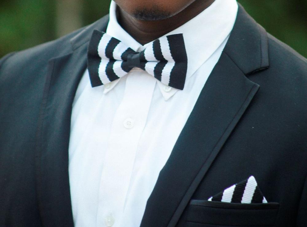 Black and White Kente Bow Tie