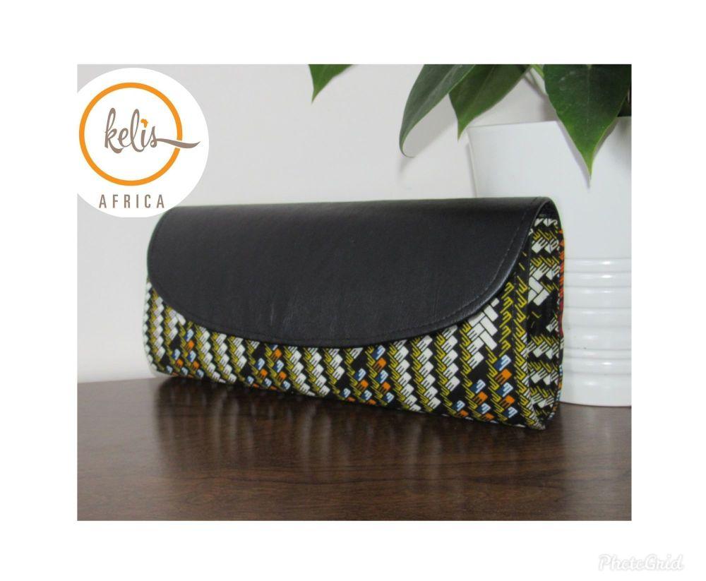 Clutch Bag/ Subi