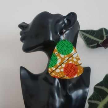 Earrings/ Catu