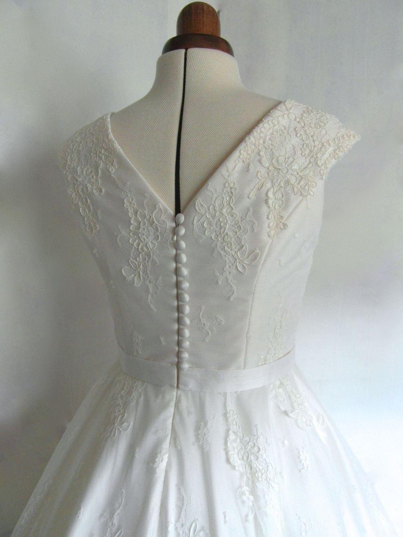 Lola-Rose lace 1950s tea length wedding dress buttons