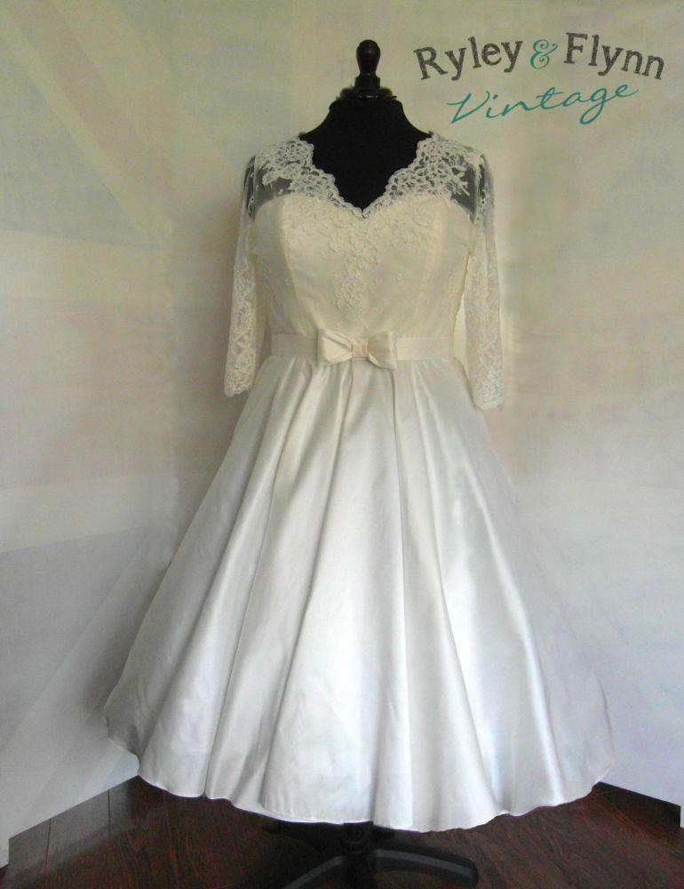 The Kelly V neck Lace Dress