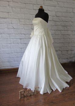 The Vintage Dress