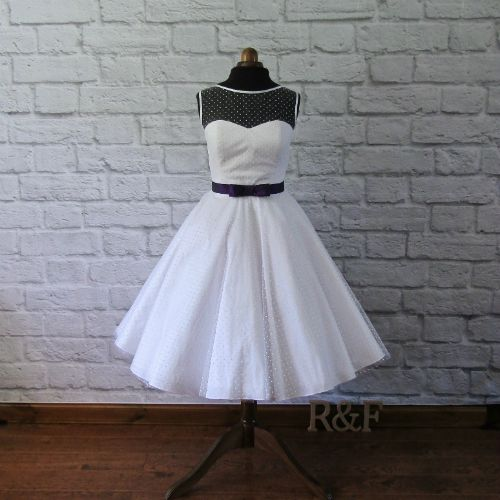 spotty tulle short wedding dress