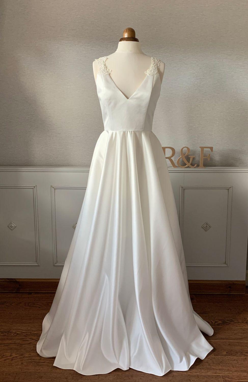 <!-- 006 -->The Delphine Dress