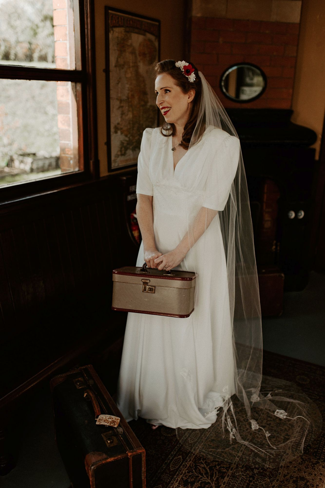 1940s_vintage_style_wedding_dress