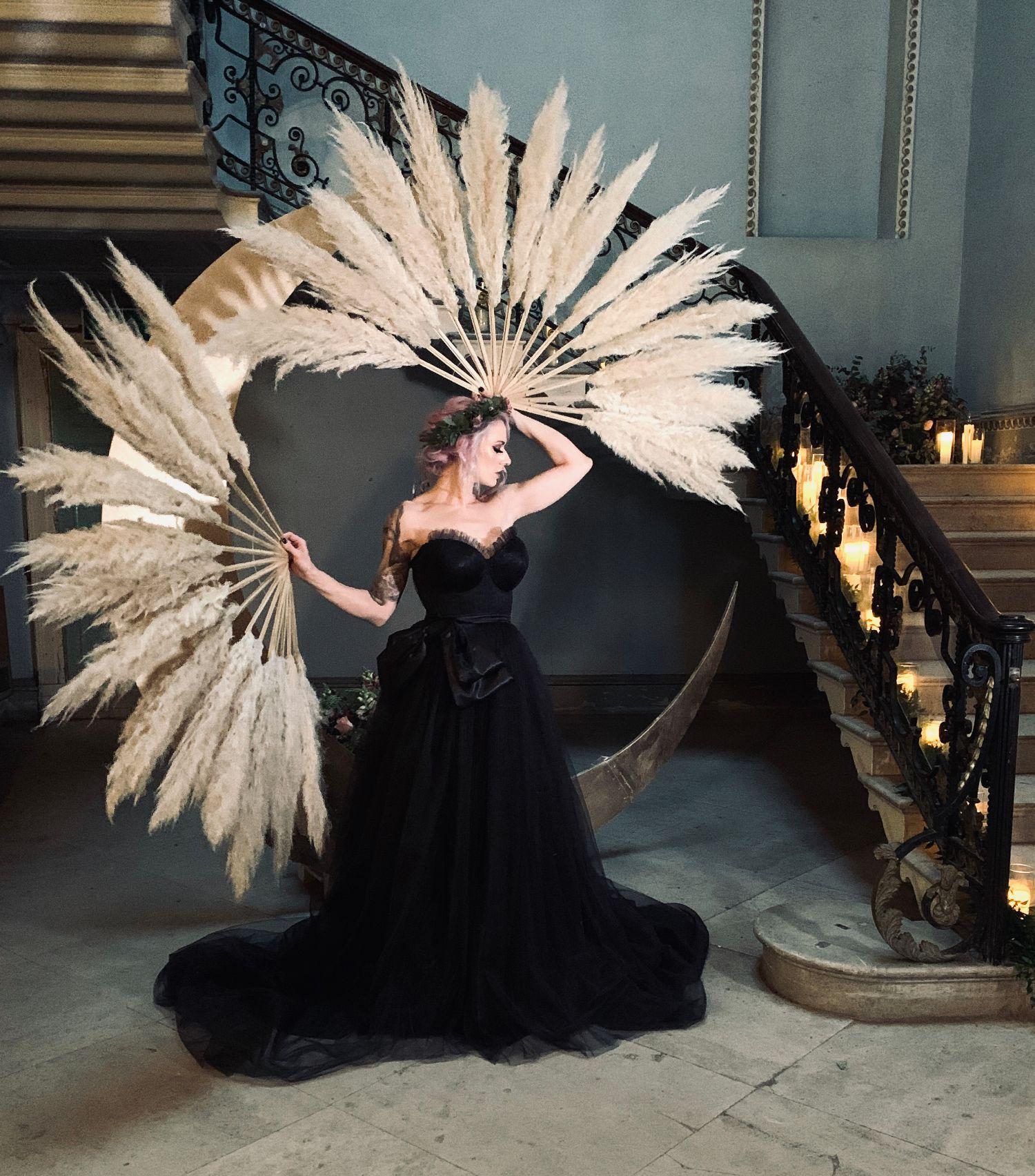 Black_corset_wedding_dress_