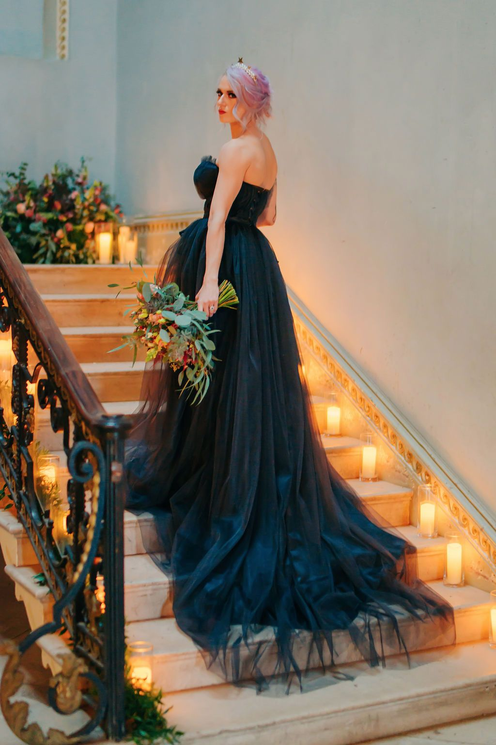Black_corset_bridal_gown.jpg