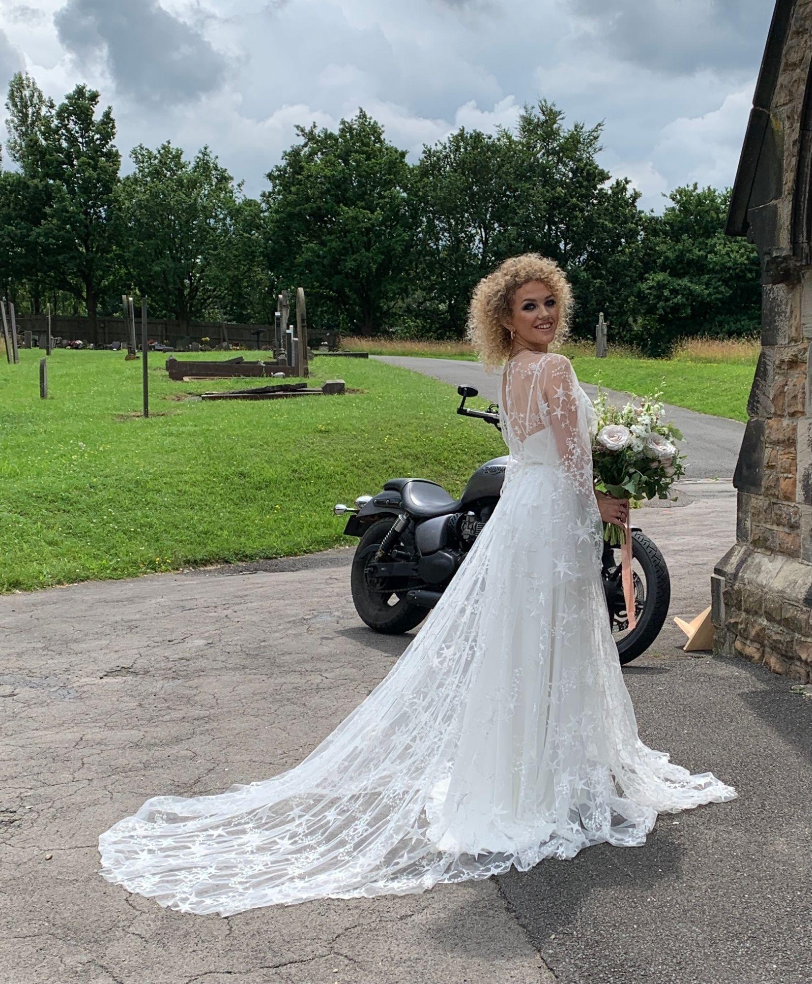 Stars ivory lace tulle wedding dress