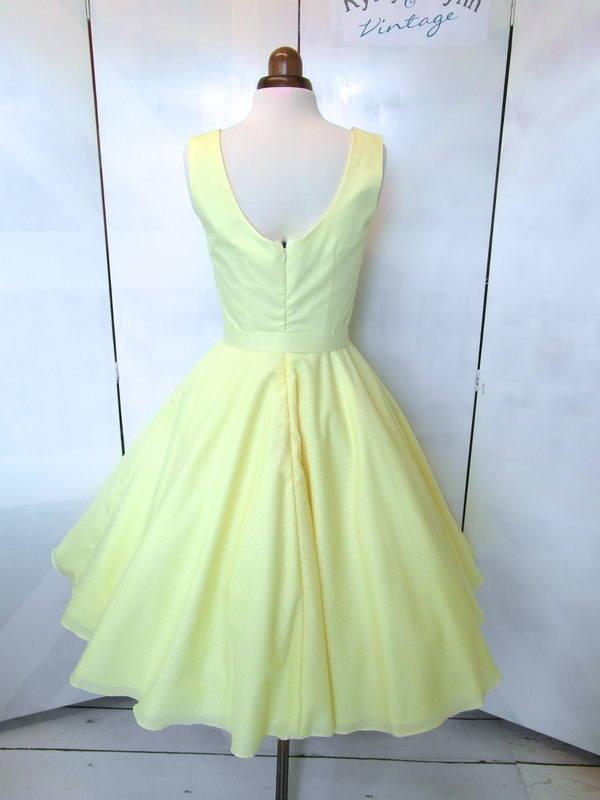 lemon_high_bridesmaid_back