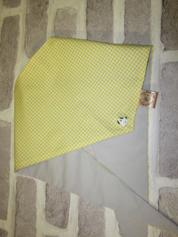 Handmade Posh Dog Bandanna - 219 - Size 2 - fits up to neck size 15