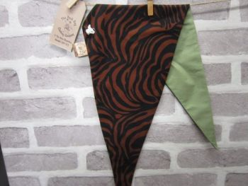 "Handmade Posh Dog Bandanna - 229 - Size 3 - fits up to neck size 22"""