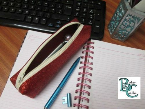Long, slim, box shape pencil case - red