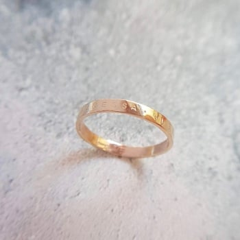 Classic Gold Hammered Ring