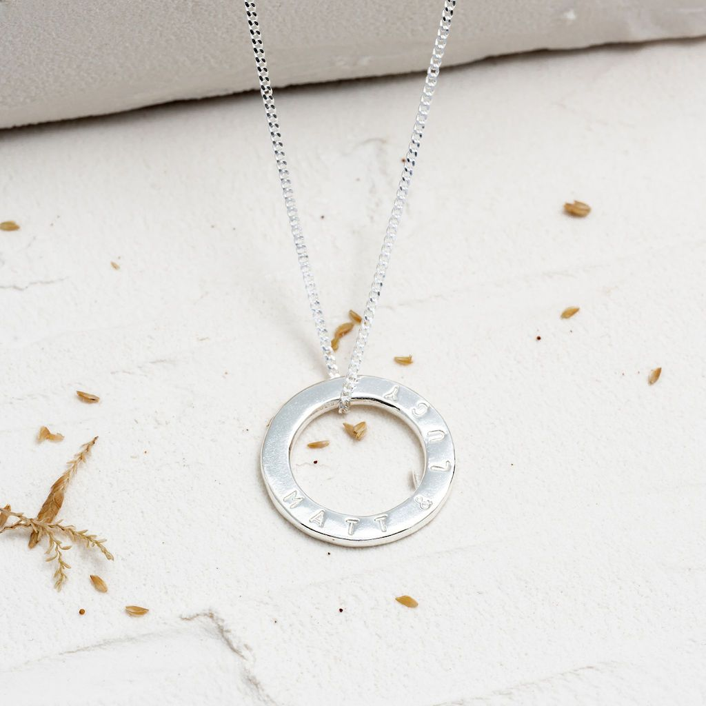 Classic Silver Tiny Circle Necklace