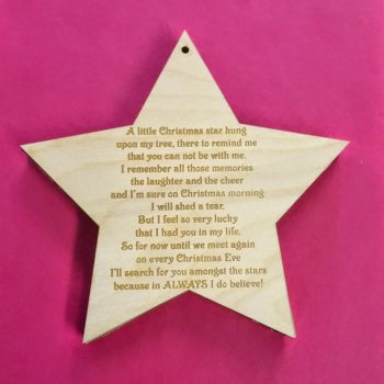 A Little Christmas Star Memorial Decoration in Wood - 0120