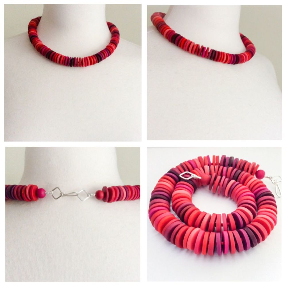 Medium disc necklace red collage