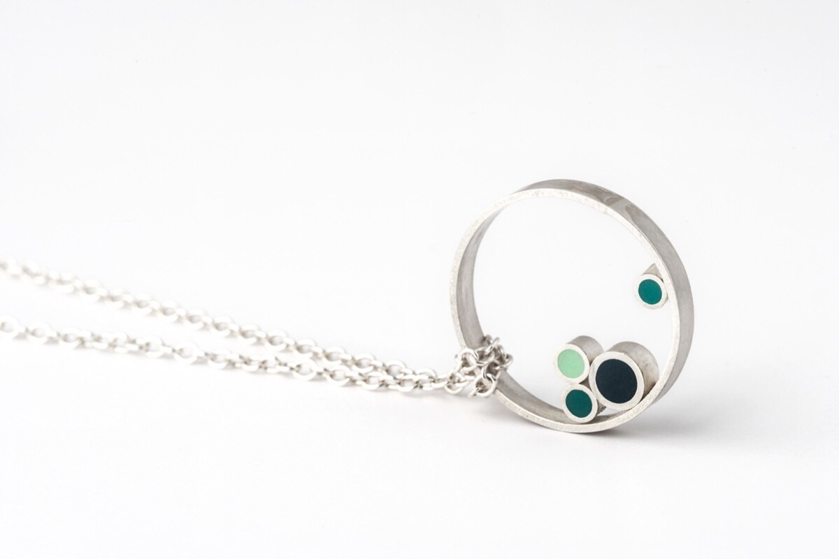 Contemporary circle pendant necklace Colour Designs