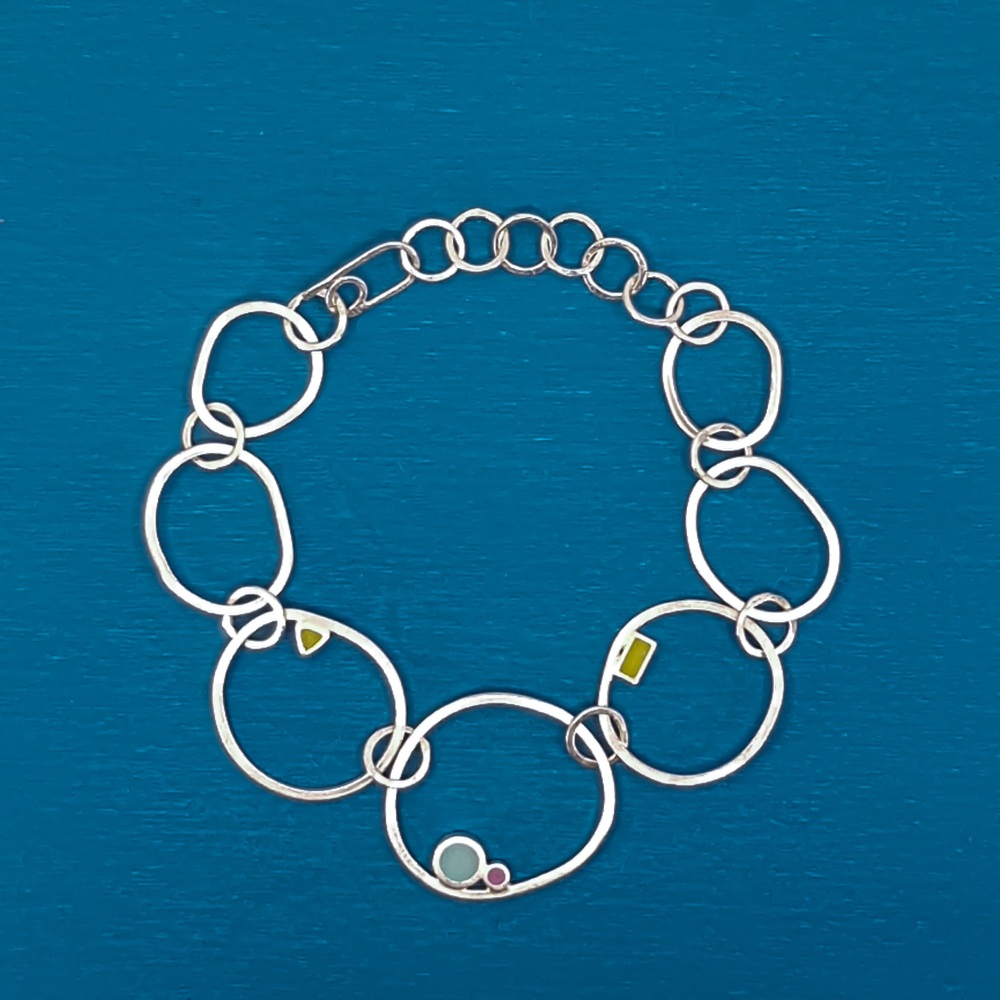 Statement Irregular Link Dot Bracelet