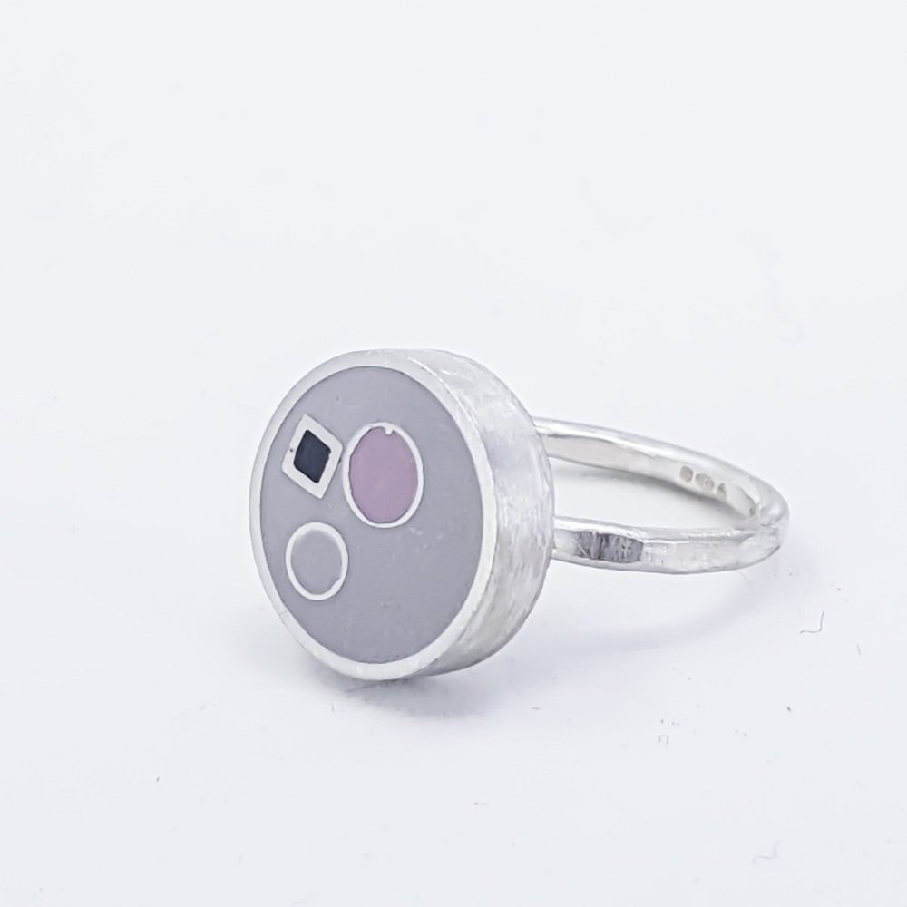 Large Grey Inside Dots Ring Size Q