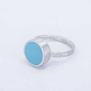 Medium Turquoise Colour Dot Ring Size N