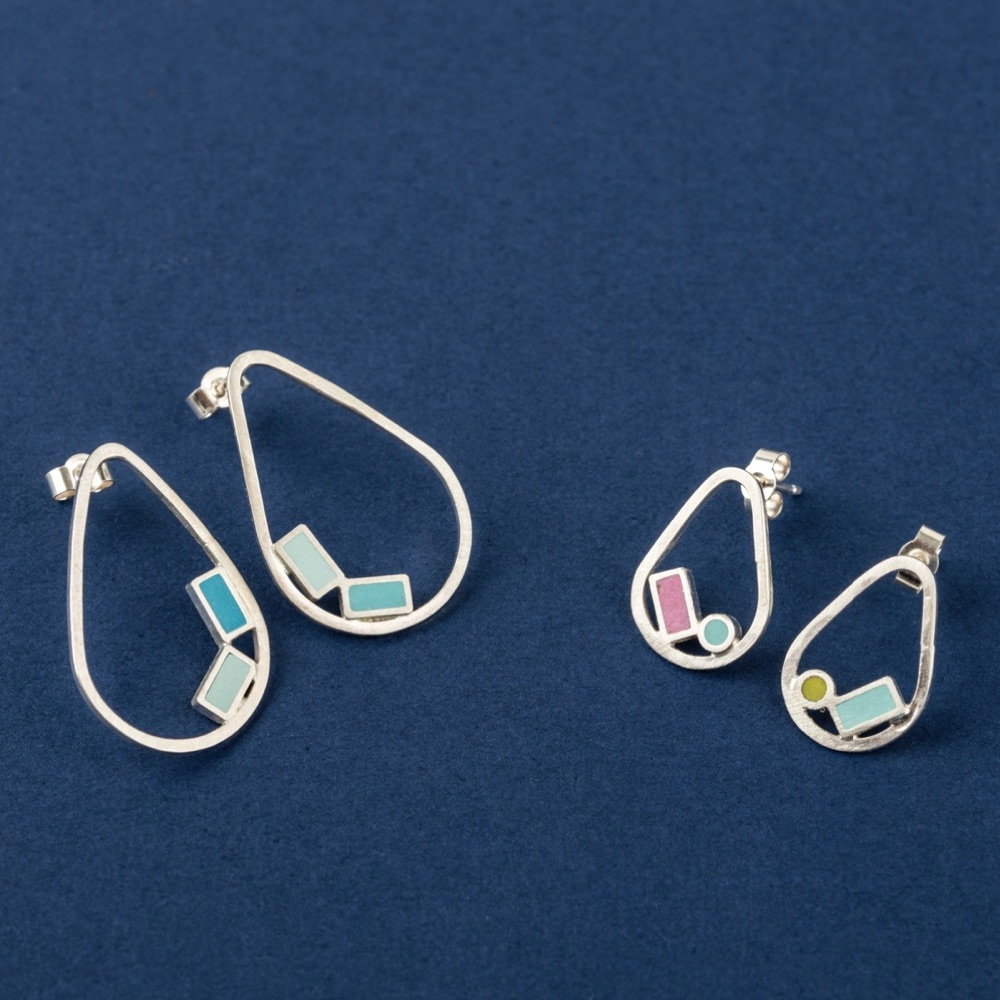 Inside Dot Stud Earrings