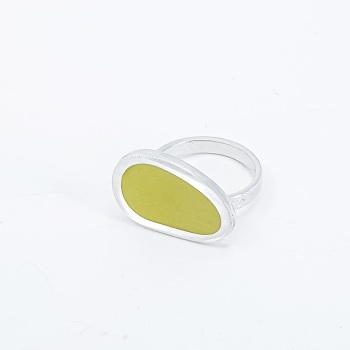 Large Mishape Sulphur Yellow Colour Dot Ring Size R