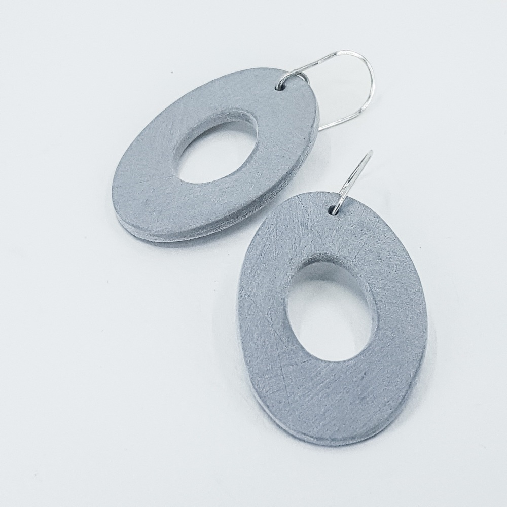 Giant Scratched Oval Earrings Pale Grey