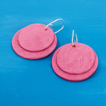 Giant Circles Scratched Earrings in Red
