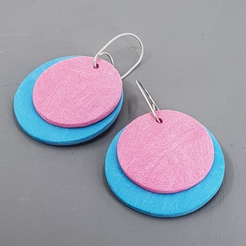 Giant Circles Scratched Earrings in Turquoise and Pink