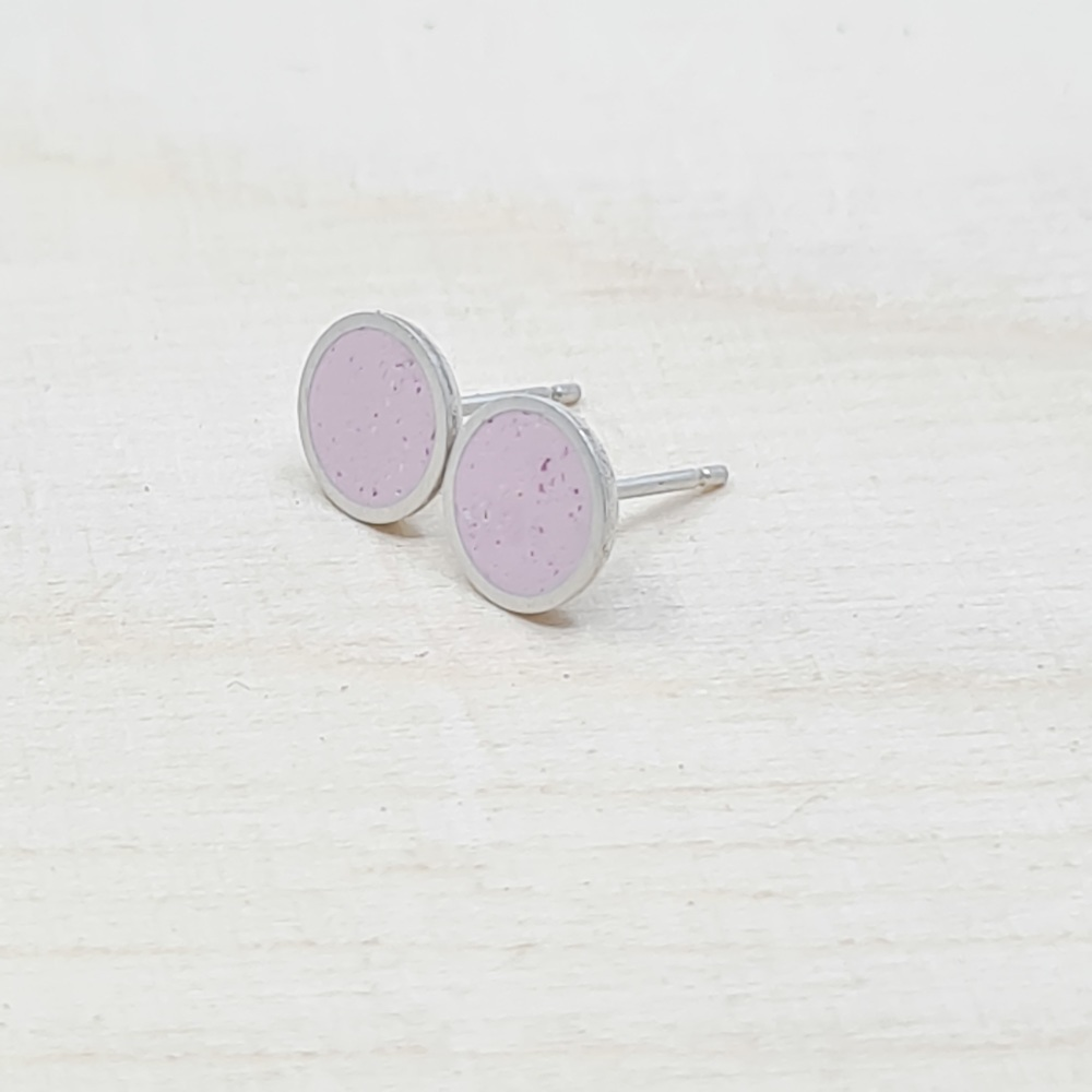 Medium Colour Dot Studs in Speckly Pink