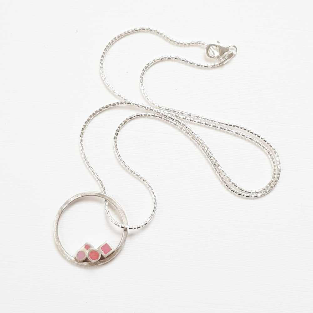 Multi Dot Pendant Necklace in Reds and Pinks