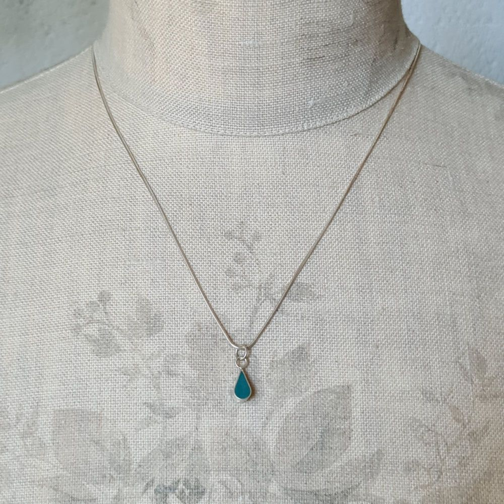 Double Sided Raindrop Colour Dot Pendant in Teal Green