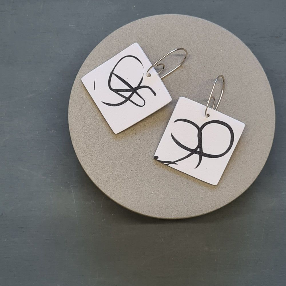 Abstract Scratched Square Earrings - White and Black