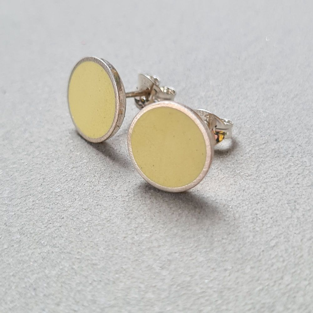 Large Colour Dot Studs - Pale Yellow